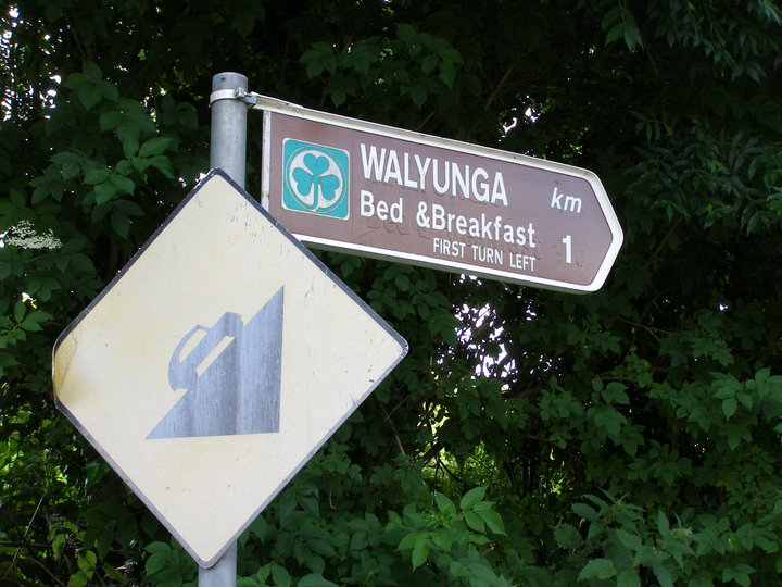 Kinsale Walyunga B&B Sign